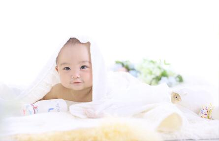 赤ちゃんの成長ショット