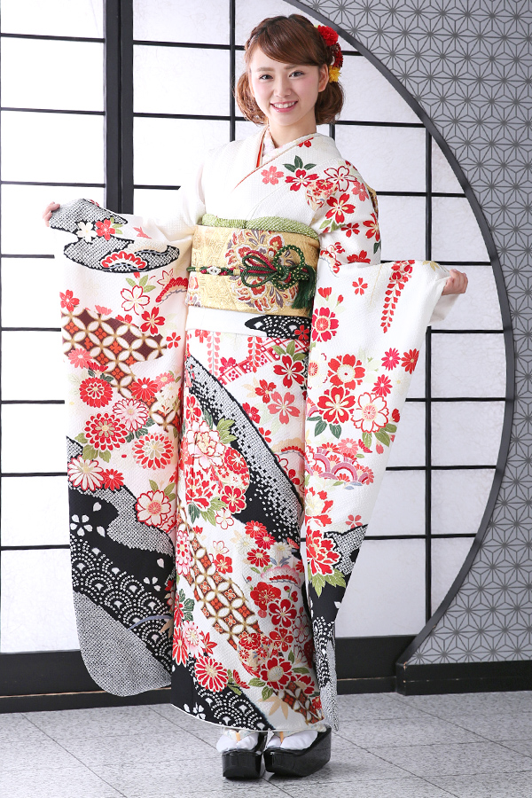 西神戸店:成人式振袖白-古-C2027