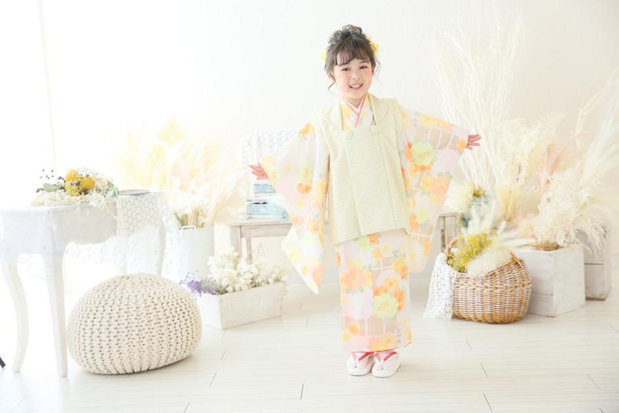 新作古典柄着物(3歳女の子)