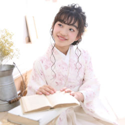 小学生卒業袴撮影のお写真(22)